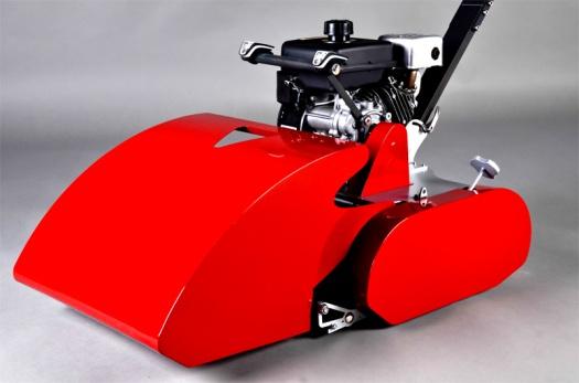 Edwin Speciál - rudá barva Ferrari.