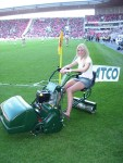 Promo vřetenových sekaček na derby Slavia - Sparta