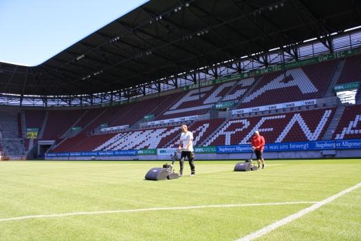 FC Augsburg používá vřetenové sekačky Swardman Edwin 55